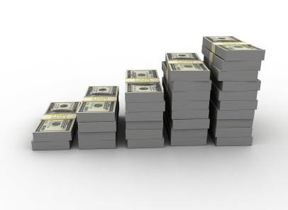 Warren Buffett,Steven Romick - Asset Allocation Of Our Top Gurus - Are Gurus Moving Into Cash?